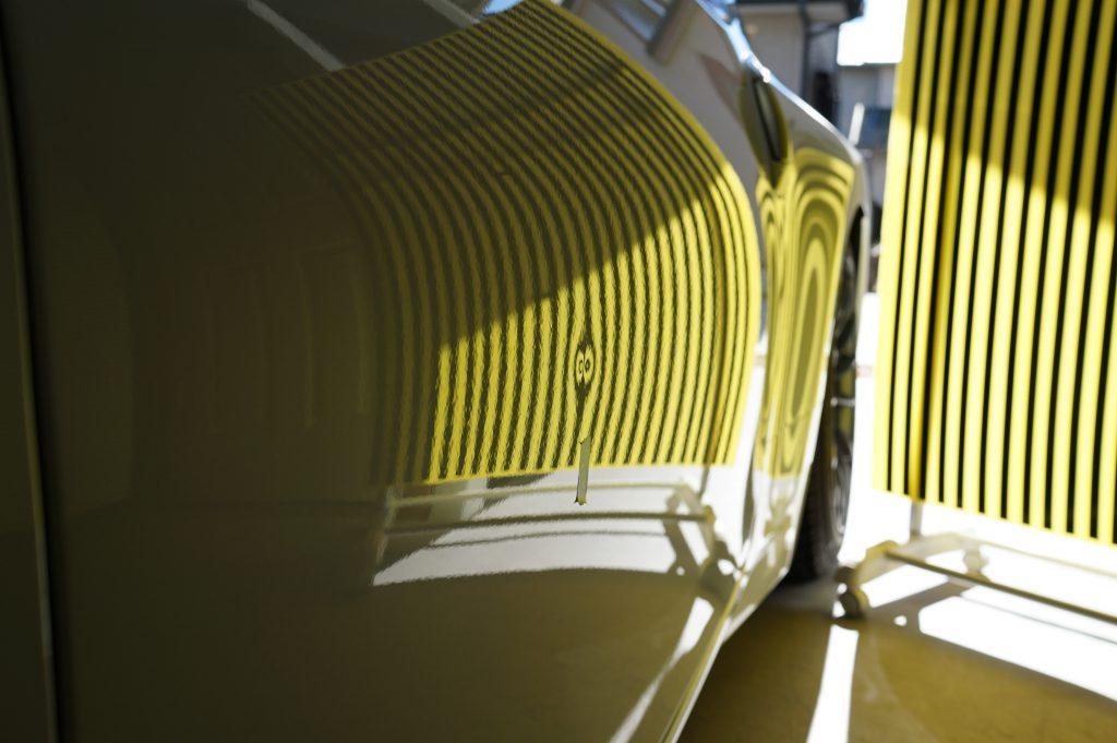 フェアレディZ ドアノヘコミ リフレクターボードで確認