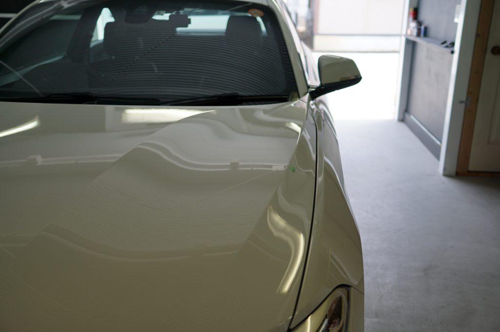 BMW2シリーズ ボンネットのヘコミ修理後2