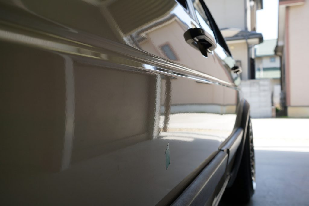VWゴルフⅡ ドアのヘコミ修理後2