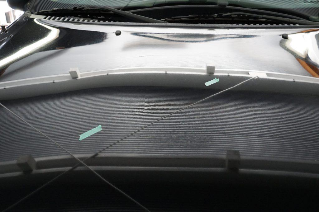 フォードエクスプローラー ボンネットのヘコミ修理後2
