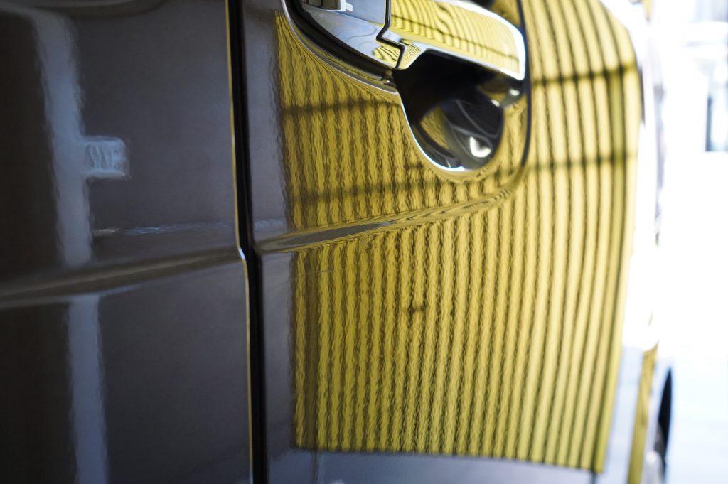 N-BOXスライドドアのヘコミ修理後2