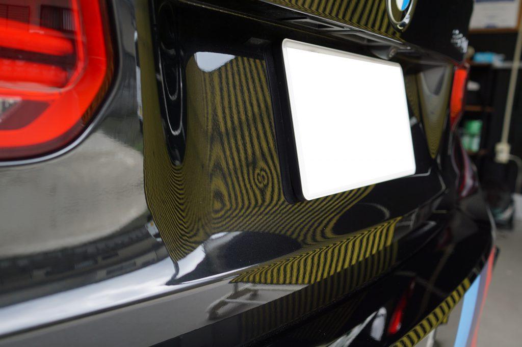 BMW バックドアのヘコミ2