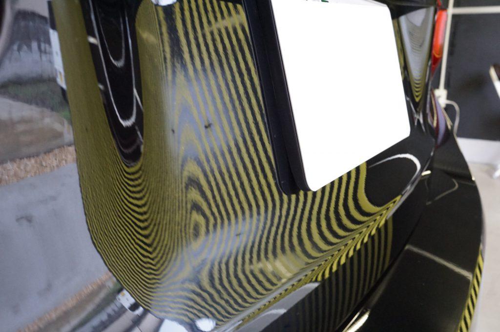 BMW バックドアのヘコミ修理後2